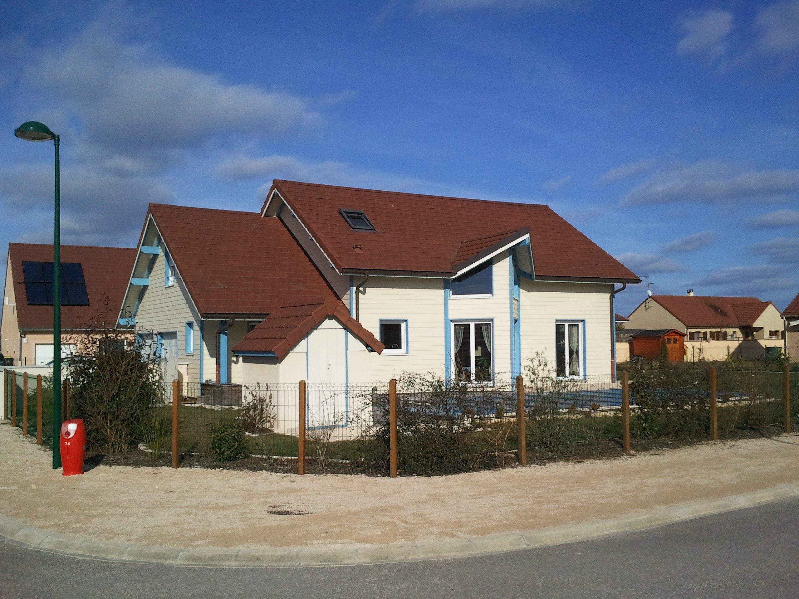 Exterieur vente maison auxonne for Annuler offre achat maison